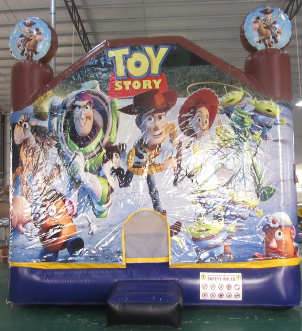Toy_Story_Jumping_Castle_front